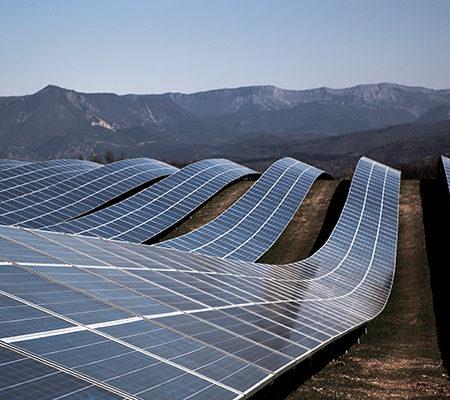 L'importance de choisir un entrepreneur d'installation panneau solaire qualifié