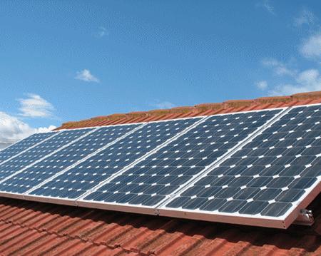 Vous voulez des panneaux solaires sur votre toit? Voici ce que vous devez savoir