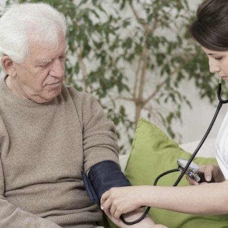 Vous voulez démarrer une entreprise de soins de santé à domicile? Voici comment.